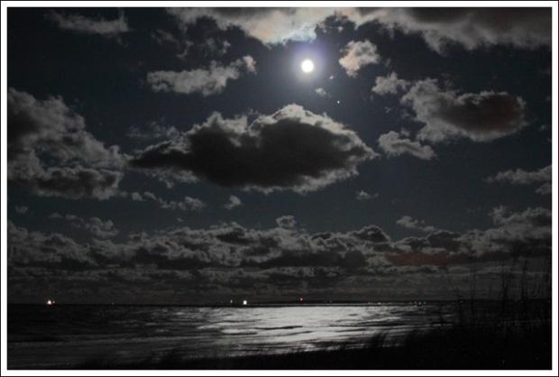 Nächtliche Sturmzeit - Foto © claudia pautz 2011