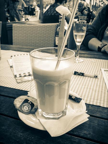 Der Chai Latte für 2,50 € im Wirtshaus Leo ins Ahlbeck